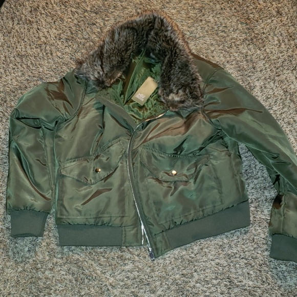 wild fable Jackets & Blazers - wild fable coat green with fur collar xl